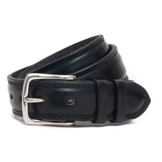 McRostie PARNIE belt in Black bridle leather and a nickel buckle.